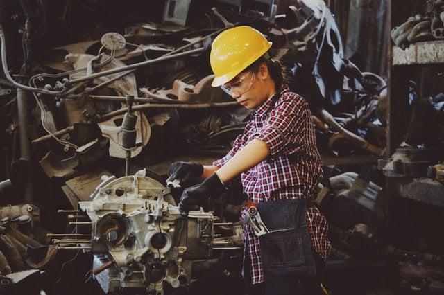 mano de obra femenina